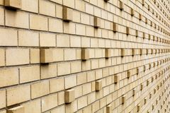 Líneas de disminución de las perspectivas de los ladrillos que resaltan Imagen de archivo libre de regalías