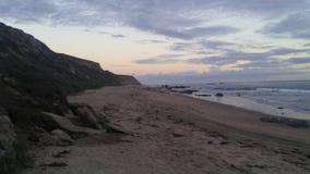 Líneas de la playa de Crystal Cove Beach Sparkling Sunset imagenes de archivo