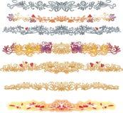 Líneas de oro y de plata decorativas con los corazones rojos Fotografía de archivo