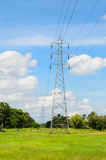 Líneas de transmisión de Electric Power Fotografía de archivo libre de regalías