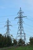 Líneas de transmisión de potencia Imagen de archivo