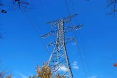 Líneas de transmisión de potencia Imagen de archivo libre de regalías