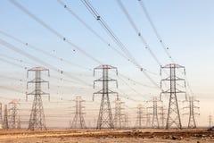 Líneas eléctricas de alto voltaje Foto de archivo