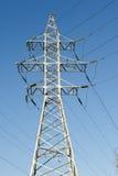Líneas eléctricas de alto voltaje Fotografía de archivo libre de regalías