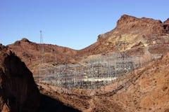 Líneas eléctricas de alto voltaje de la Presa Hoover Imágenes de archivo libres de regalías