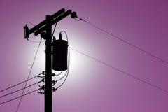 Líneas eléctricas de la silueta Fotografía de archivo