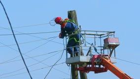 Líneas eléctricas de las reparaciones del electricista metrajes