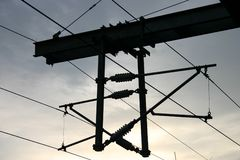 Líneas eléctricas del carril de arriba Fotografía de archivo