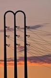 Líneas eléctricas en la oscuridad Fotos de archivo libres de regalías