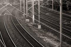Líneas ferroviarias en blanco y negro Fotografía de archivo libre de regalías