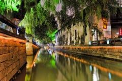 Líneas ligeras del canal del NC Suzhou Imágenes de archivo libres de regalías