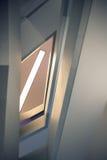 Líneas y ángulos de la escalera moderna del embudo Foto de archivo libre de regalías
