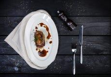 Língua de carne com molho e tomates da raiz de aipo Fotografia de Stock Royalty Free