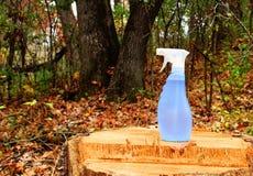 Líquido de limpeza ambientalmente seguro imagens de stock