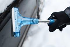 Líquido de limpeza do carro da neve e do gelo Foto de Stock