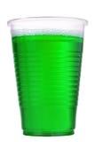 Líquido verde en el vidrio plástico Fotografía de archivo libre de regalías