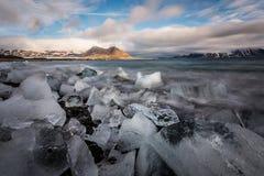 Lód na Arktycznej plaży - krajobraz Zdjęcia Royalty Free