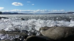 Lód na jeziorze w wiośnie Fotografia Royalty Free