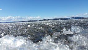 Lód na jeziorze w wiośnie Zdjęcie Stock