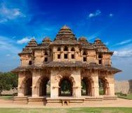 Lótus Mahal - ruínas do palácio fotografia de stock royalty free