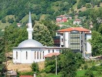 lökformig Moskén i Smolyan Arkivbilder