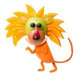 Lömskt lejon som göras av apelsinen arkivbild