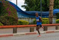 Löpare för Brihun wevamaraton Arkivfoto