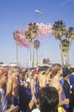 Löpare på starten av den Los Angeles maratonen Royaltyfri Bild