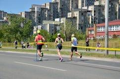 Löpare under maratonloppet Royaltyfria Foton
