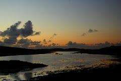Lös atlantisk väg för solnedgång, Irland Arkivbild