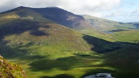 Lös atlantisk väg i Irland Royaltyfria Foton