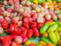 Löschbare nachgemachte Früchte (Kanom Luk Choup In Thai) Lizenzfreie Stockfotos