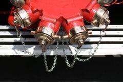 Löschfahrzeug-Wasserpumpen Stockfotos