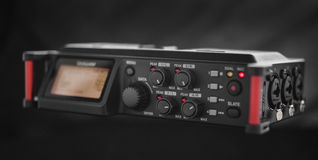 Lösning för ljudsignalinspelning för filmskapare Linjär PCM-registreringsapparat Arkivfoton