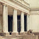 Löwe in Peterhof Heiliges Peterburg Russland Lizenzfreie Stockfotos
