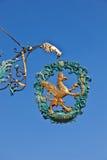 Löwe und Adler als Zeichen für ein altes Lizenzfreie Stockbilder