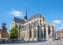 LÖWEN - 3. SEPTEMBER: Gotische Kathedrale Peters vom Südosten Lizenzfreie Stockbilder