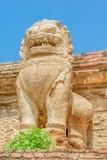 Löwestatuen-Kambodscha-Art Lizenzfreie Stockfotos