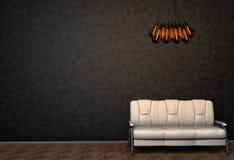 Lüpfen Sie Innenspott herauf Foto Weißes ledernes Sofa und unbedeutender Glanz mit Tesla-Lampen Hintergrund-Foto mit Kopien-Raum stock abbildung