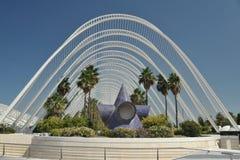 L 'Umbracle på staden av konster och vetenskaper, Valencia, Spanien, i en härlig sommardag, nära sikt arkivfoto