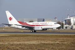 L'†«Air Algerie Boeing 737 d'aéroport international de Francfort décolle Photographie stock libre de droits