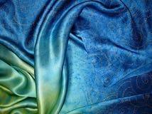 L'écharpe en soie Texture de soie photos stock
