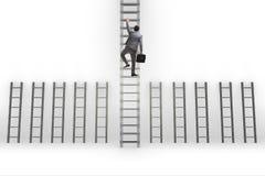 L'échelle s'élevante de carrière d'homme d'affaires dans le concept de réussite commerciale Photos libres de droits