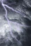 L'éclairage en ciel orageux excessif Photos stock