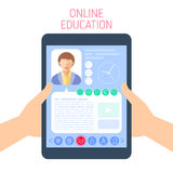 L'école et le concept en ligne d'éducation dirigent l'illustration plate Photographie stock libre de droits