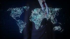 L'écran tactile d'homme d'affaires, canalisation de raccordement de points, points fait la carte globale du monde, Internet des c illustration stock