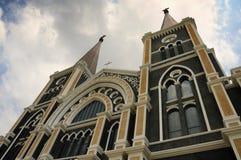 L'église catholique de Chanthaburi, inclinent vers le haut de l'angle Images libres de droits