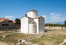 L'église de la croix sainte est une église catholique Pré-romane croate provenant du 9ème siècle de Nin Photographie stock libre de droits