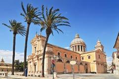 L'église de Neoclassicist du XVIème siècle d'Annunziata dans Comiso Sicile, Italie photographie stock libre de droits