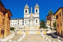 L'église de Trinita et d'étapes espagnoles Photo stock